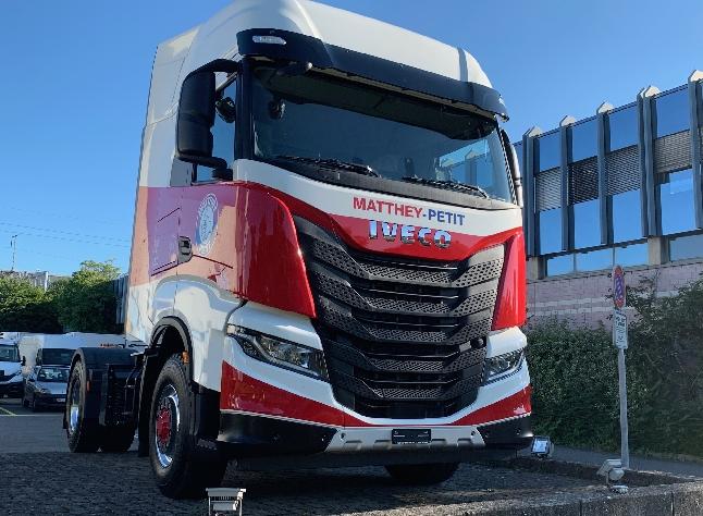 Remise de véhicule IVECO S-WAY Matthey Petit SA
